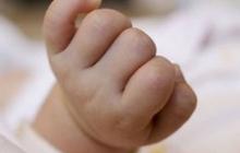 В мусорном баке в Мукачево был обнаружен мертвый младенец