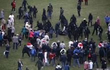 Взрыв, расстрелы людей и светошумовые гранаты: силовики Лукашенко разгоняют митинг в Минске