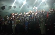 Кремль будет хвататься за сердце: Беларусь стоя и со слезами на глазах аплодировала украинским киборгам - кадры