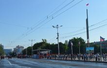 Парад Победы в Донецке: боевики нагнали сотни людей без масок и средств защиты