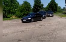 В Сеть попали кадры с кортежем Зеленского в Чернигове