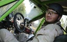 Александр Янукович о последних минутах жизни брата: Витя «тащил» машину до конца, выпрыгнуть успели все кроме него