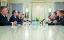 Порошенко с министрами трех стран ЕС хотят усилить давление на Российскую Федерацию