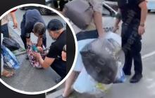 В Киеве задержали горе-мать с младенцем в застегнутой сумке