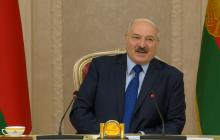 Лукашенко резко изменил позицию по Крыму и подыграл России