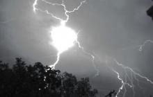 Под Кропивницким шаровая молния попала в дом - от здания почти ничего не осталось