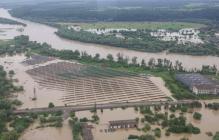 Под Тернополем ЧП с дамбой: вода хлынула на три села, спасатели эвакуируют сотни жителей