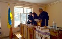 Члены общины храма Покрова Богородицы в Черновицкой области единогласно поддержали переход в ПЦУ - кадры