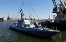 """Атакованный Россией в Керченском проливе катер ВМС Украины """"Никополь"""" снова в строю и спущен на воду"""