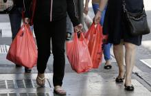 """""""Слуги народа"""" выступили против пластиковых пакетов в супермаркетах"""
