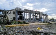 """""""Там был реальный ад. Мы обернулись и увидели: все пылает, везде танки террористов"""", - боец АТО в годовщину штурма Луганского аэропорта вспомнил о последнем и страшном дне обороны"""