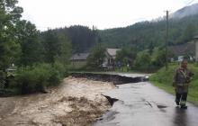 Закарпатье под ударом стихии: ливни затопили села и уничтожили дорогу