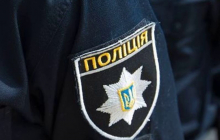 В Киеве мужчина нанес удар ножом в шею ветерану АТО в День защитника - военный в реанимации