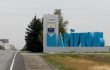 """СМИ рассказали, как активисты борются с """"ватниками"""", которые надеются на возвращение боевиков в Мариуполь"""