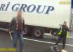 """Кадры, как турок с криком """"Это Украина"""" бросился на полицию с монтировкой"""