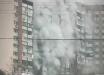 Горящая многоэтажка в Киеве попала на видео: весь дом в черном дыму, людей срочно эвакуируют