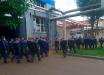В Беларуси все больше заводов бастует, на улицы вышли тысячи людей