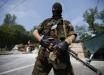 """Донецк напуган: """"По всему городу усиленные патрули с неведомыми шевронам, что-то начинается"""""""