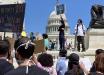 Беспорядки охватили Вашингтон - протестующие прорываются к Белому дому, в столицу введена Нацгвардия