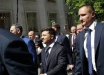 """От Зеленского потребовали вернуть на президентский сайт """"изъятую информацию"""" о Порошенко"""