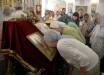 В Одессе прихожане не пускают в храм священника РПЦ, который унес из церкви ценные иконы