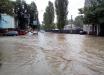 Мощная непогода обрушилась на Одессу: такого ливня здесь не помнят с 1962 года, кадры