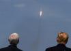 Трамп и Пенс наблюдают за триумфом Маска: фото дня, который запомнится навсегда