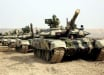 Армения пытается остановить наступление Азербайджана в Карабахе: крупная колонна танков едет к границе
