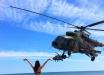 Как девушки авиацию ВСУ встречали в Азове - фото с учений морской пехоты впечатлили Интернет