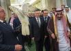 """Кречет, подаренный Путиным королю Саудовской Аравии, повел себя """"непротокольно"""" - видео"""