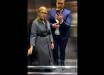 Тимошенко в лифте нежным голосом, немного флиртуя, ответила на один из самых острых вопросов - видео