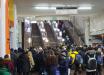 Мужчина без маски спровоцировал массовую драку в метро Харькова: досталось и работникам подземки