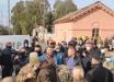 """На Донбассе """"слугам народа"""" устроили """"теплый прием"""": видео перепалки с бойцами АТО попало в Сеть"""