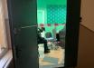 """В Киеве разгромили """"ЗЕ-офис"""", работники избиты и ограблены"""