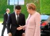 Прокол Зеленского на встрече с Меркель взорвал соцсети: видео казуса с рукопожатием насмешило Сеть