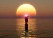 Свершилось пришествие Иисуса Христа: в Тирренском море увидели Всевышнего, идущего по воде