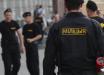 В Беларуси силовик нанес удары в голову протестующему, вставшему на колени: инцидент попал на видео