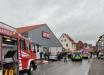 В Германии мужчина на машине умышленно протаранил толпу на карнавале: десятки пострадавших, есть дети