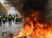Протесты во Франции достигли критической черты: Макрон ввел чрезвычайное положение и сделал срочное заявление