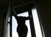 Мама новорожденной двойни выбросилась из окна роддома в центре Киева