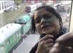 В Киеве прохожий спас полицейского от группы воровок - видео
