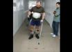 """""""Я смог"""", - украинский боец Саленко после ранения делает первые шаги - соцсети показали мощное видео"""