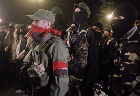"""Главное за день 13 февраля: """"Правый Сектор"""" будет наступать; сестра Ляшко воюет в ЛНР; Саакашвили - советник Порошенко"""