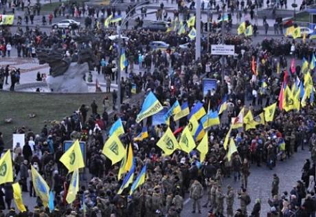 марш достоинства, киев, марш 22 февраля, 22.02.2015, киевский марш, порошенко марш