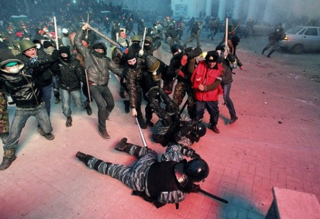 Суд арестовал на два месяца одного из лидеров одесских националистов Стерненко за беспорядки в Горсаду - Цензор.НЕТ 5762