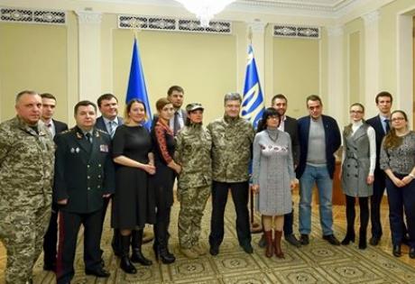 порошенко, волонтеры, министерство обороны, реформы, татьяна рычкова, законопроекты