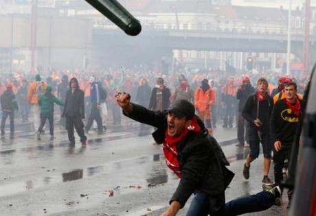 брюссель, майдан, акция, полиция, пенсионный возраст