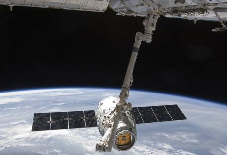 космический корабль Dragon, сша, ввс сша, мкс, космос, наука и техника, NASA