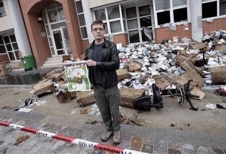 франция, расстрел редакции издания Charlie Hebdo, криминал, происшествие, день траура во франции, новый номер журнали