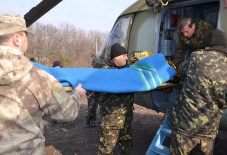 Эвакуация, раненные, АТО, Донбасс, вертолет, медики, военный госпиталь